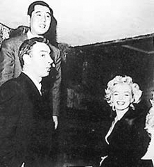 Joe_DiMaggio,_Marilyn_Monroe_and_Tstsuzo_Inumaru